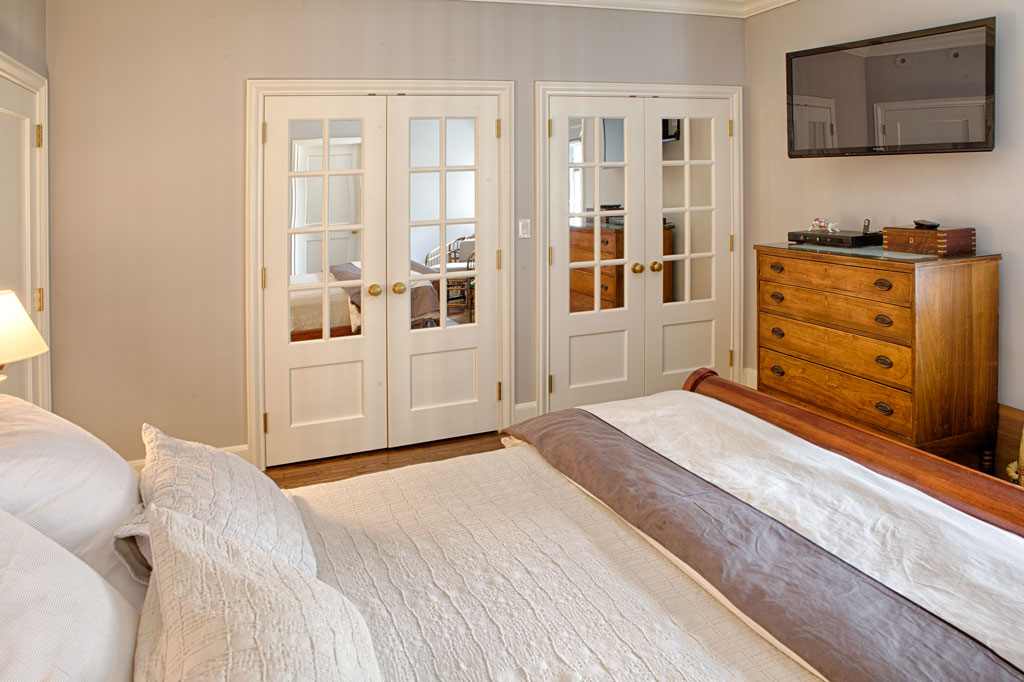 Master-Bedroom-Closets-Far